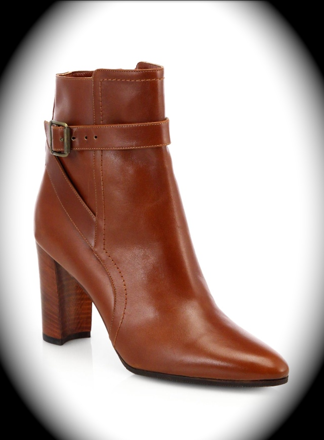 Manolo Mania Shoe Queen Stl